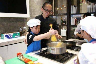 繽紛烹飪迎夏日-暑期兒童班開課喇