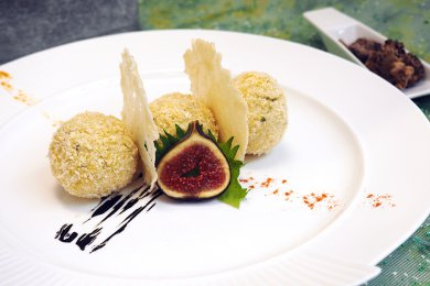 Baked Risotto Balls stuffed with Squid Ink