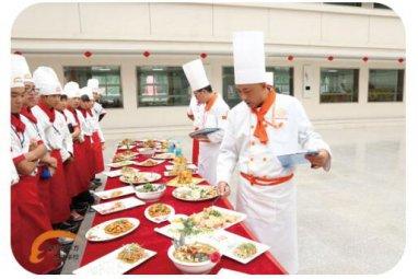 甘肅新東方:大廚23班熱菜階段考核開啟烹飪之旅