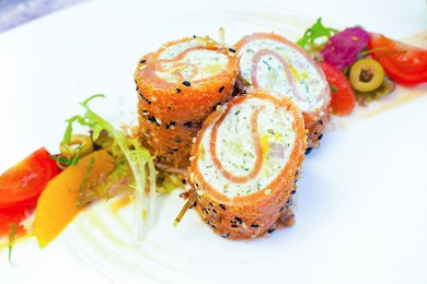 Smoked Salmon Roulade with Citrus Fruit Dressing