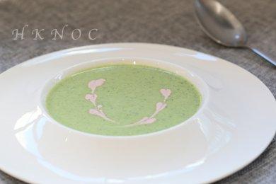 露筍湯配甜菜奶油