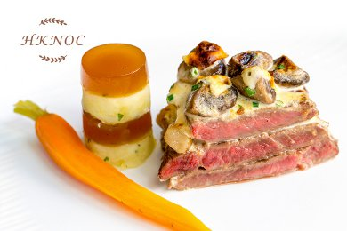 Beef Steak with Mushroom Gratin