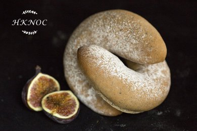 Oolong Tea & Figs Bread