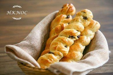 Raisin Danish Bread
