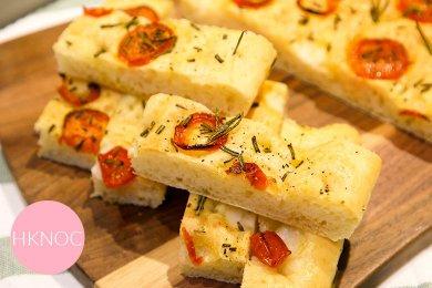 意式番茄迷迭香佛卡夏麵包 (18X26cm 一個)