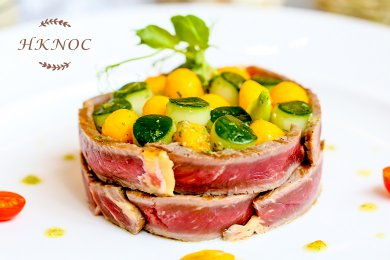 Roasted Beef with Mango & Cucumber Salad