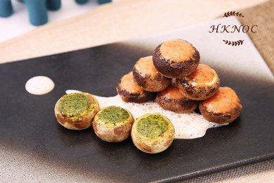 焗香辣鮮蝦蓉釀蘑菇