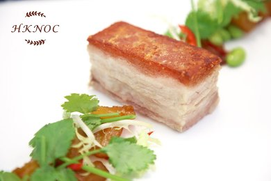 杜洛克豬腩肉配薑味鳳梨醬